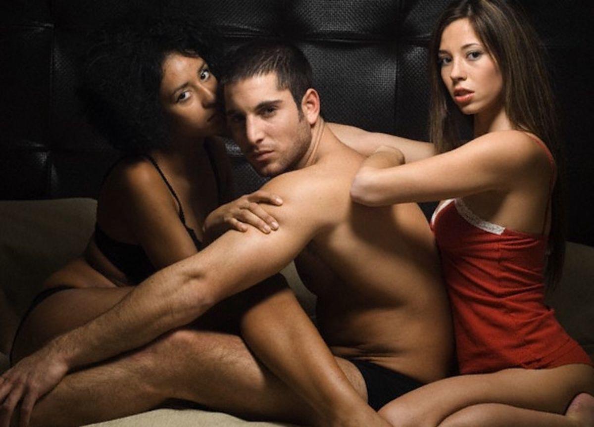 laskaet-vlagalishe-video-porno